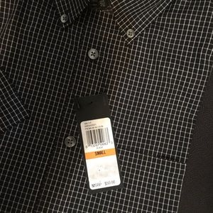 Van Heusen  new man shirt size S, no iron